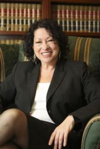 Sonia_Sotomayor_6_sitting,_2009